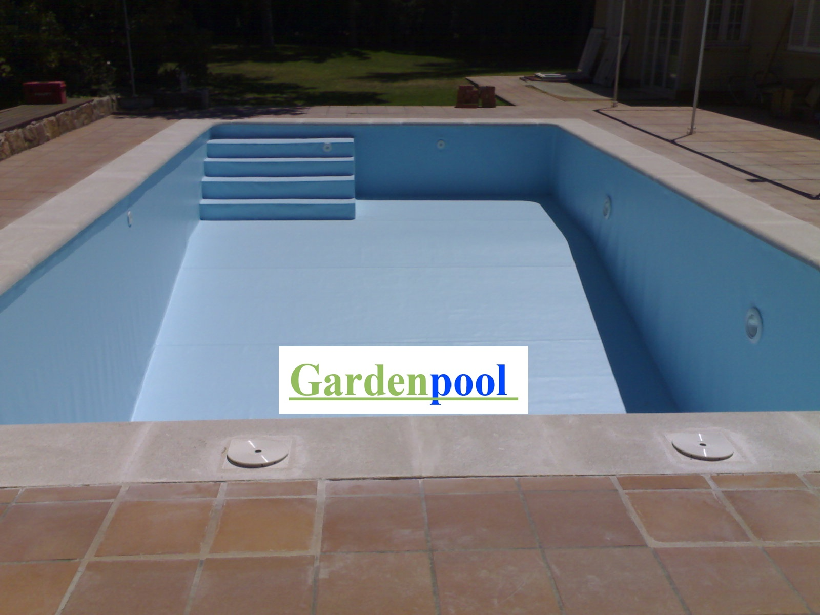 Reformas de piscinas en madrid gardenpool for Piscina ajalvir